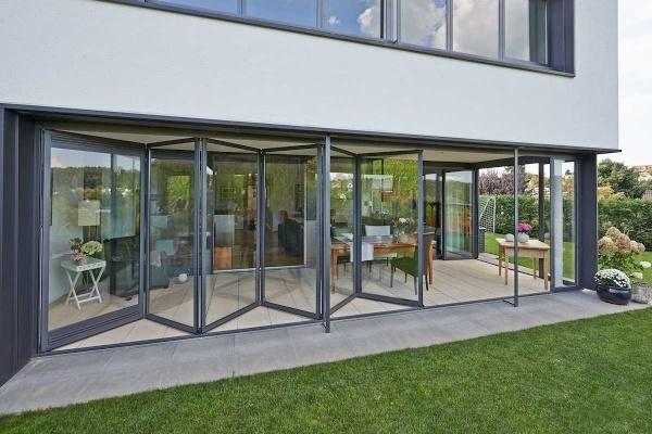 Cerramientos plegables de aluminio para clientes exigentes
